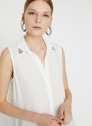 Koton Koton İşlemeli Beyaz Gömlek Ekru